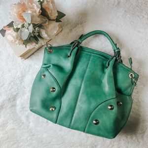 Kelly green bag with removable crossbody strap